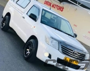 2013 TOYOTA Hilux 2.0 VVT-i LWB PU MY05 - Single Cab Pick-Up