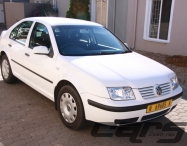 2002 VOLKSWAGEN Jetta 4 1.6 Std - Sedan