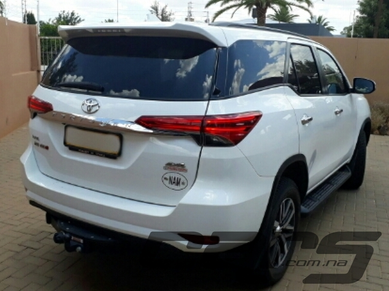 2017 TOYOTA Fortuner 2.8 GD-6 4x4 Dsl - SUV